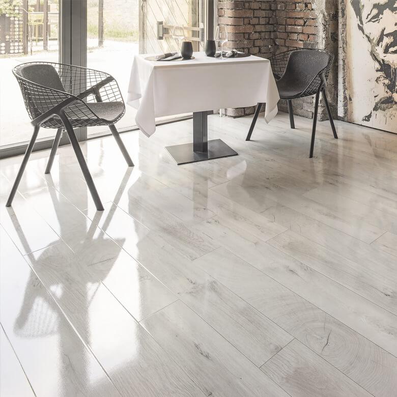 Ekskluzywne Panele Podłogowe Do Salonu Czy Kuchni Multi